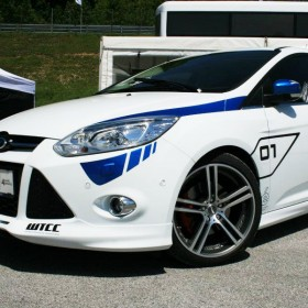 Ford Focus WTCC Edition Vorne Links