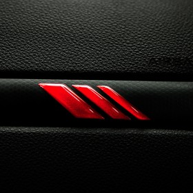 Ford Kuga Magma Edition Innenraum 3D Badge